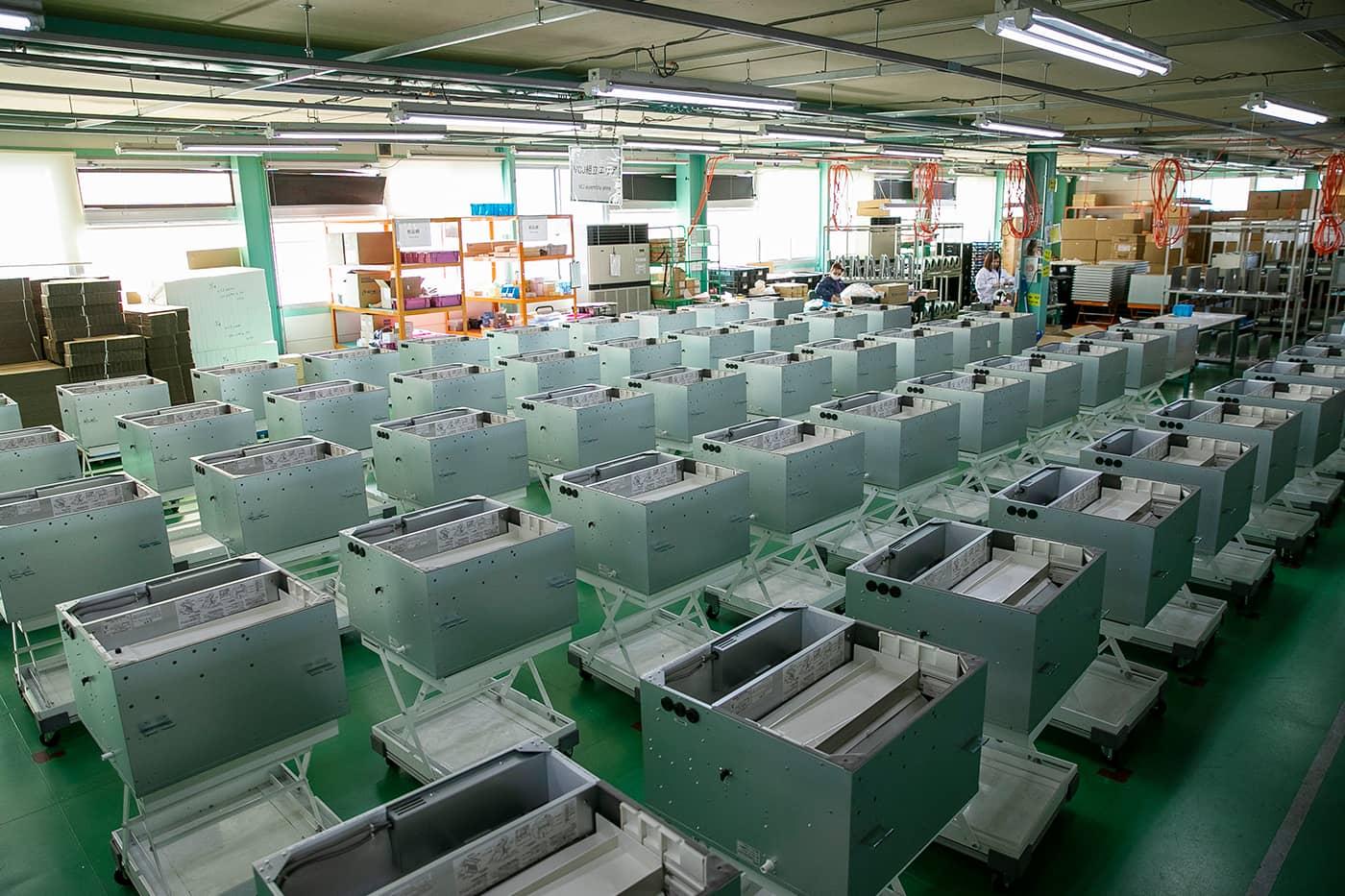 年間で約5,000台の業務用加湿器を安定供給。